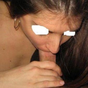 Ik doe graag deepthroat en ben daarvoor op zoek naar een man met een kleine lul.