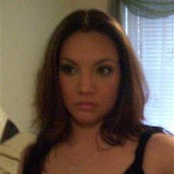 28-jarige Aziatische meid op zoek naar een sexdate.