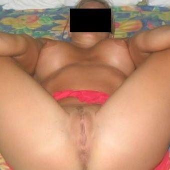 23 jaar oud op zoek naar seksbijeenkomsten.