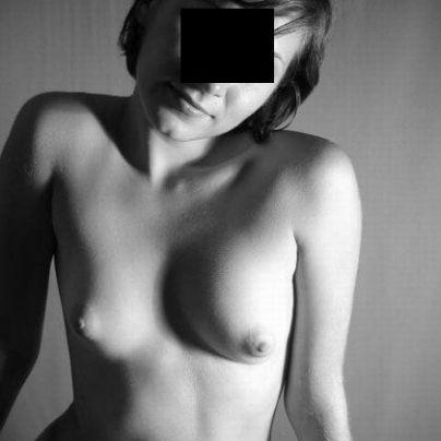 23-jarige studente op zoek naar een erotische date.